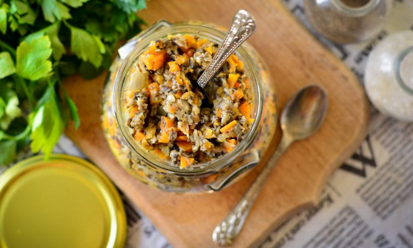 Грибная икра с морковью