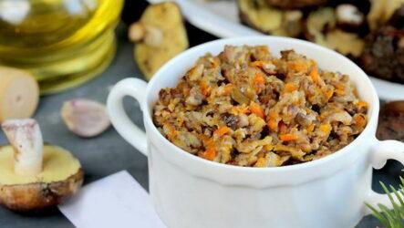 Грибная икра через мясорубку — 8 рецептов заготовок
