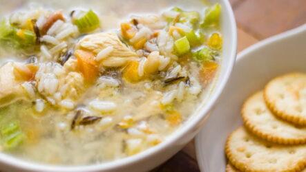Рисовый суп с курицей — 7 пошаговых рецептов с фото