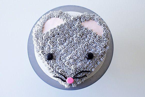 Сделать торт в виде морды крысы своими руками довольно просто