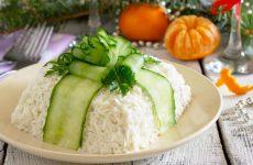 Салат Снежная королева — 7 рецептов классического угощения