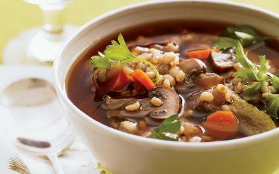 Грибной суп с перловкой— 8 сытных рецептов пошагово