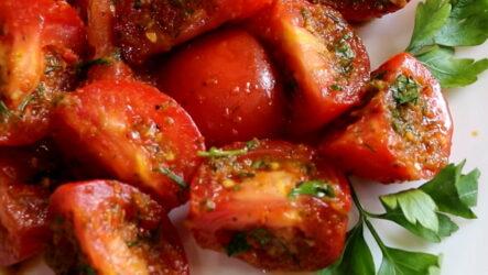 Помидоры по-корейски — 8 ароматных рецептов с фото