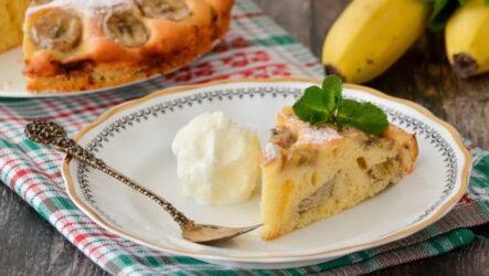 Шарлотка с бананами — 8 оригинальных и простых рецептов к чаю