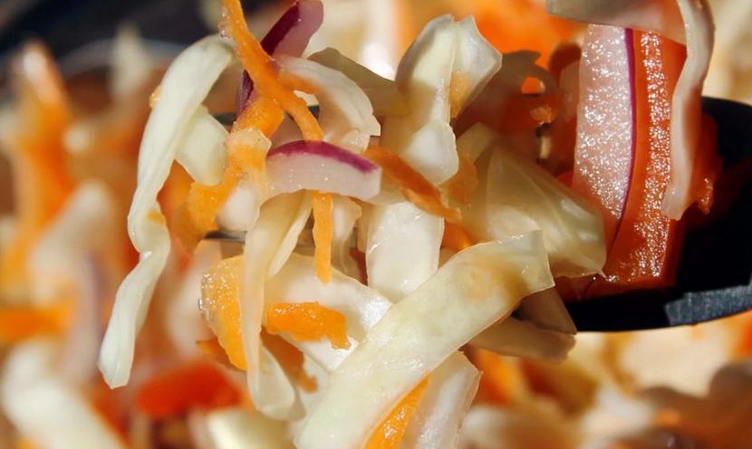 Сладкий салат из капусты