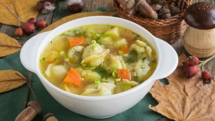 Суп с пельменями — 7 ленивых рецептов для холостяков