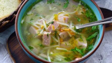 Суп с колбасой и вермишелью — 7 рецептов без труда