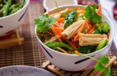 Салат из корейской соевой спаржи — 8 лучших рецептов