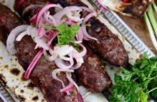 Кебаб на шампурах — 6 лучших рецептов для мангала