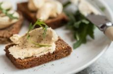 Селедочное масло — 7 рецептов классной закуски