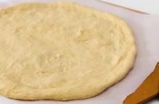 Тесто для пиццы на майонезе — 6 простых и быстрых рецептов