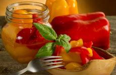 Печеный перец на зиму — 7 проверенных рецептов