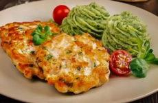 Куриные котлеты с сыром — 8 сочных рецептов