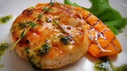 Медальоны с курицей — 6 умопомрачительных рецептов