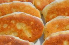 Пирожки на кислом молоке — 8 удачных рецептов теста и начинки