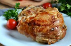 Куриные бедра в мультиварке — 8 рецептов для сытного ужина