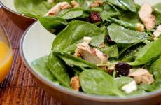 Салат со шпинатом — 10 самых любимых рецептов