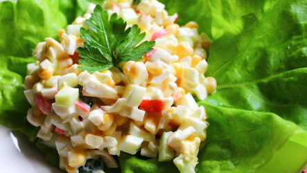 Быстрый крабовый салат — 7 классные простых рецептов