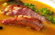Суп с копченостями — 7 сытных рецептов