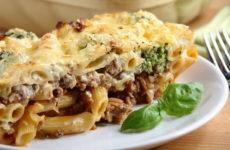 Запеканка из макарон с фаршем — 7 сочных рецептов