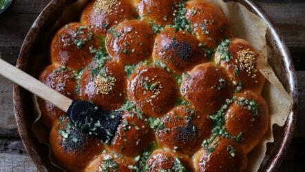 Пампушки в духовке — 7 рецептов к обеду