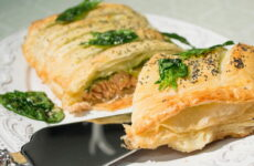 Рыба в слоеном тесте — 6 несложных рецептов в духовке