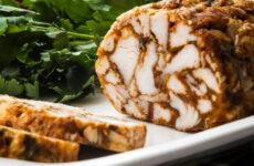Мраморная курица — 6 рецептов эффектной закуски