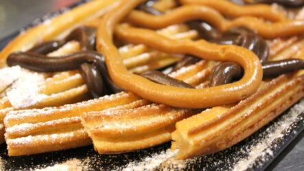 Чуррос — 7 рецептов испанского печенья + бонус