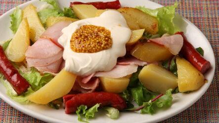 Салат с охотничьими колбасками — 8 сытных рецептов