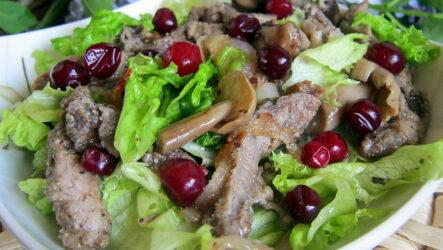Салат Охотничий — 7 сытных рецептов