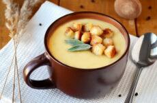Суп с гренками — 10 любимых домашних рецептов