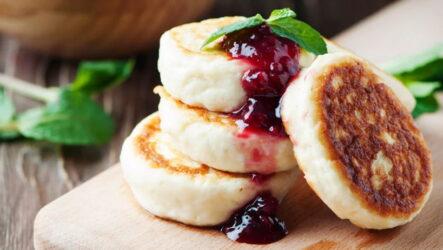 Сырники из рикотты — 7 рецептов для правильного завтрака