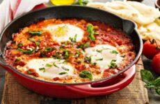Яичница Шакшука — 8 рецептов еврейской кухни