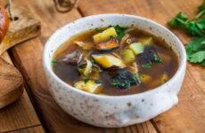 Суп с баклажанами — 8 рецептов овощного супчика
