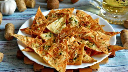 Чипсы из лаваша — 7 домашних фото-рецептов
