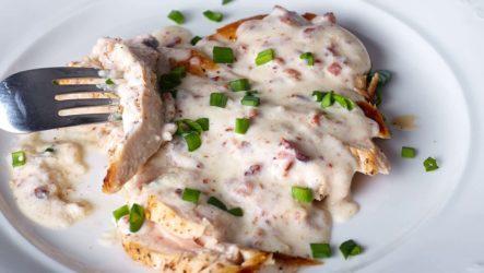 Курица в молоке — 7 рецептов, как приготовить нежное мясо