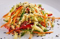 Овощной салат с морковью — 7 ярких рецептов с фото